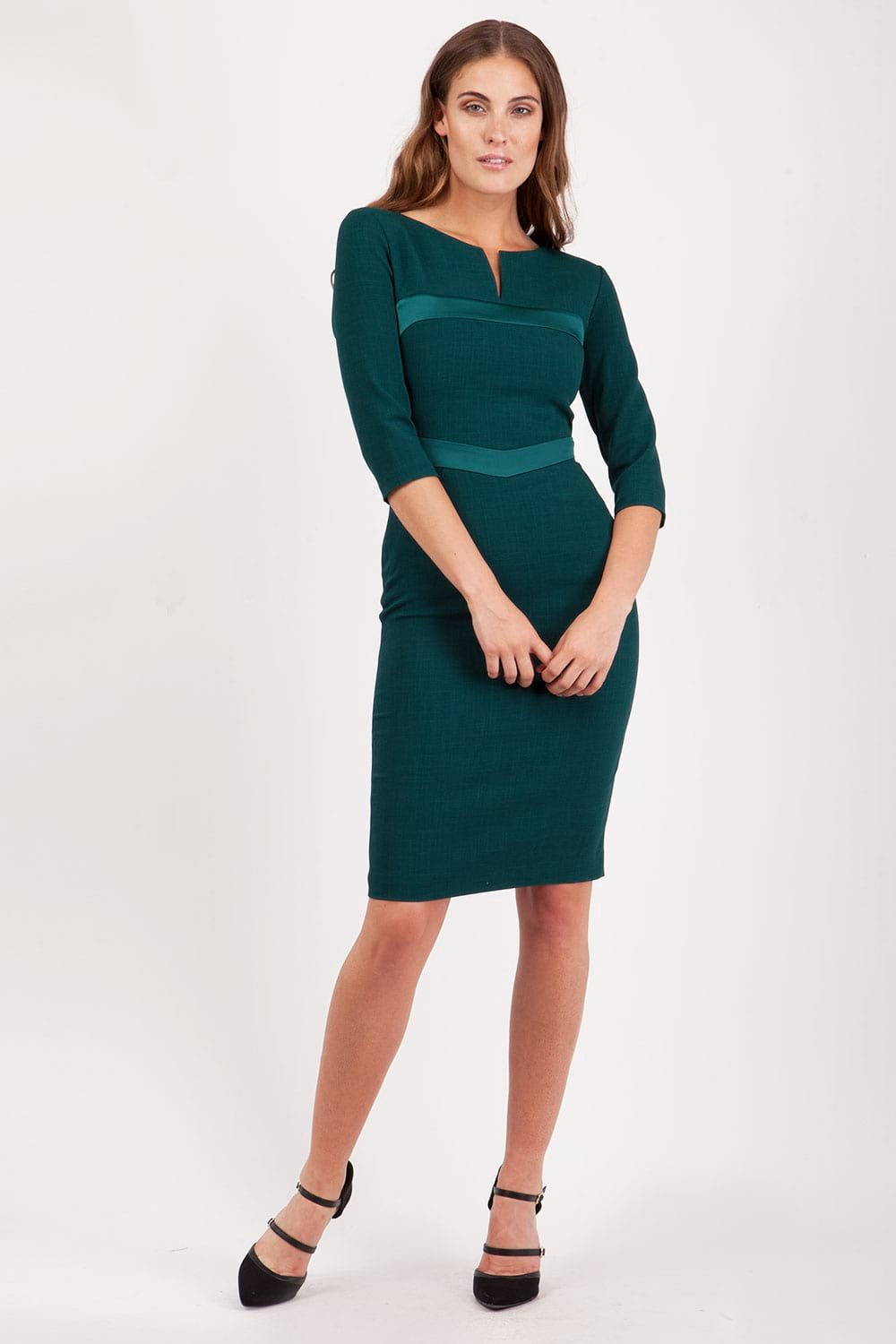 7ce3fcdaac3 Hybrid Yvonne 3 4 Sleeve Pencil Dress - Hybrid Fashion