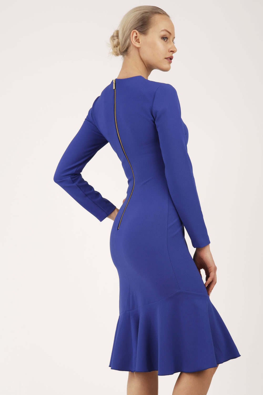 anisha blue back