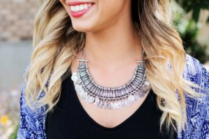 Woman wearing a statement necklace